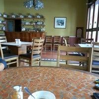 Photo taken at Casa Velarde, Comida y vino by Angel V. on 9/27/2012