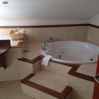 Das Foto wurde bei Hotel Vado del Duraton von Borja R. am 5/1/2014 aufgenommen