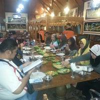 Photo taken at Pondok Baselo by Fadli T. on 1/12/2014