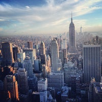 Foto tomada en Top of the Rock Observation Deck  por Arman S. el 5/8/2013