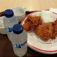 Photo taken at KFC by Cinthia N. on 3/14/2016