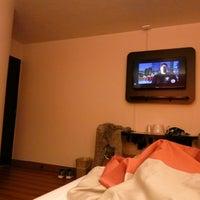 Photo taken at Motel 6 by Yuriy R. on 11/11/2016