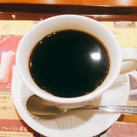 Photo taken at CAFÉ de CRIÉ 道玄坂上店 by flying f. on 11/11/2016