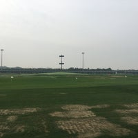 Photo taken at Sky72 Dream Golf Range by Chaemoo on 9/15/2016