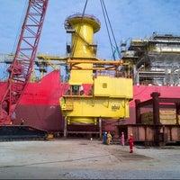 Photo taken at Kencana Marine 2 @ Sapura Kencana Petroleum by Hasnol H. on 4/25/2013