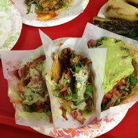 Photo taken at Tacos El Gordo De Tijuana by JOEY B. on 11/25/2012