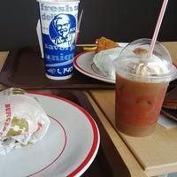 Photo taken at KFC / KFC Coffee by Uwi K. on 6/4/2015