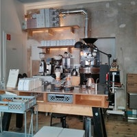 Das Foto wurde bei Bonanza Coffee von SIGA am 4/16/2013 aufgenommen