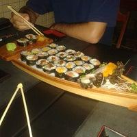 Foto tirada no(a) Musashi Culinária Japonesa por Esther B. em 5/19/2014