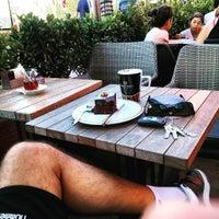 Photo taken at Gloria Jean's Coffees by AKIN S. on 8/19/2015