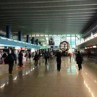 """Foto diambil di Aeroporto Roma Fiumicino """"Leonardo da Vinci"""" (FCO) oleh Viorel K. pada 5/8/2013"""