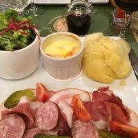 Photo taken at Brasserie Du Commerce by Jean-Pierre R. on 12/11/2015