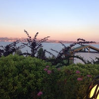 Photo taken at Batı Panorama Cafe-Restaurant by Seda Y. on 6/24/2014