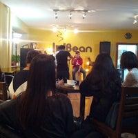 Photo taken at Ubean coffee house and roasterie by Очиргэрэл О. on 10/29/2013
