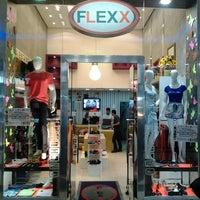 Photo taken at Loja Flexx by Elaine Cristina M. on 10/20/2013