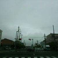 Photo taken at 大手一丁目 交差点 by Masaki K. on 5/9/2016