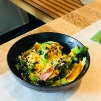 Photo prise au Little Tong Noodle Shop par Jean N. le3/20/2018