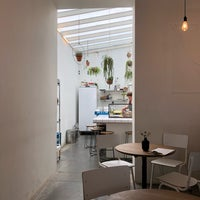 Foto scattata a MOK Specialty Coffee Roastery & Bar da Jean N. il 6/21/2018