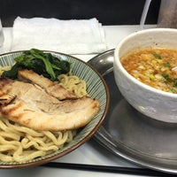 Photo taken at 横浜家系ラーメン 虎家 by るーしー on 12/14/2015