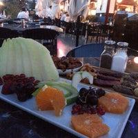 7/17/2014 tarihinde Qmer A.ziyaretçi tarafından Cafe Palas Ataşehir'de çekilen fotoğraf