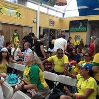 Photo taken at Bella Vista Brazilian Gourmet Pizza by Claudia G. on 6/30/2013