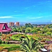 Photo taken at A'Famosa Golf & Country Resort by oıƃƃɐq on 8/7/2013