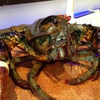 Photo taken at Red Lobster by oıƃƃɐq on 3/30/2013