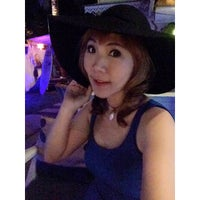 Photo taken at Choke-D @ Jomtien Beach by Tanyapat K. on 12/29/2014