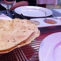 Photo taken at Restaurante Tamarind by Sara on 10/12/2015
