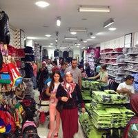 Photo taken at AKYAZININ OKUL KIYAFETİ by Abdullah T. on 9/13/2014