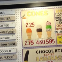 Photo taken at Joe's Ice Cream by William L. on 11/5/2012
