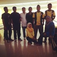 Photo taken at Pengkalan Hulu Superbowl by Atiqah M. on 12/23/2012