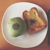 Photo taken at Love A Loaf Bakery & Café by Eelynn Y. on 6/8/2014