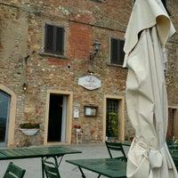 Photo taken at Il Campanellino by Ingeborg M. on 9/15/2016