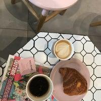 Photo prise au Bird & Branch par Maisan le8/24/2018