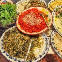 Photo taken at Asma Yaprağı by Traveleatshop on 9/8/2014