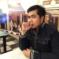 Photo taken at Killiney Kopitiam by Zainul_ A. on 5/16/2014