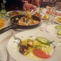 4/30/2014 tarihinde Milica Z.ziyaretçi tarafından Ψαροταβερνα Κουκλις / Kouklis Restaurant'de çekilen fotoğraf
