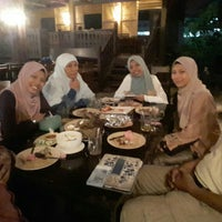 Photo taken at Village View Restaurant by Ridha M. on 12/10/2016