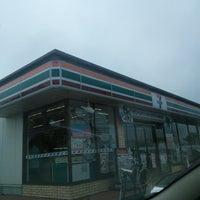 Foto tirada no(a) 7-Eleven por Chiba N. em 8/26/2014