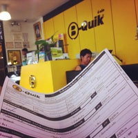 Photo taken at B-Quick by Tanakawee แ. on 5/13/2014