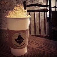Снимок сделан в Buck's Coffee пользователем Drew H. 9/28/2012