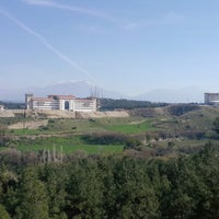 Photo taken at Eskihisar Parkı by Yılmaz . on 3/12/2018