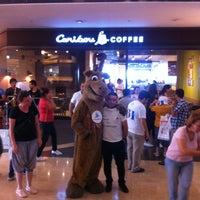 7/6/2013 tarihinde Serdar K.ziyaretçi tarafından Caribou Coffee'de çekilen fotoğraf