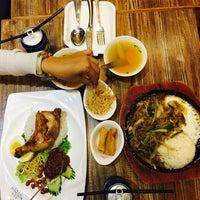 Photo taken at Asia Kitchen 南亞廚房 by Rhea Y. on 9/18/2016