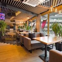 Снимок сделан в Famous Restaurant and Dancing Terrace пользователем Famous Restaurant and Dancing Terrace 2/27/2017