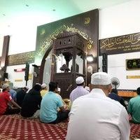 Photo taken at Masjid Kuarters KLIA by Azim Mat B. on 1/14/2017