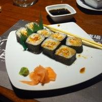 Photo taken at Sushi Itto by Eduardo C. on 5/4/2013