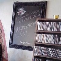Photo taken at Κλεψύδρα Coffee Bar by Eleftheria T. on 8/2/2014