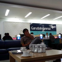 Photo taken at Garuda Indonesia Surabaya Office by Dzaty C. on 6/18/2013